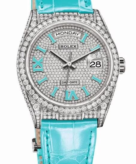 Online fake watches are dazzling for the diamond design.