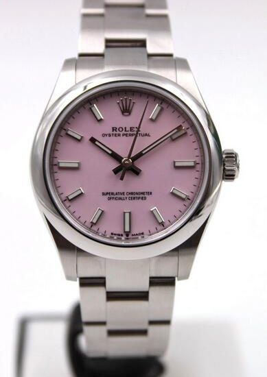 1:1 Swiss fake watches keep classic and quality with Oystersteel material.